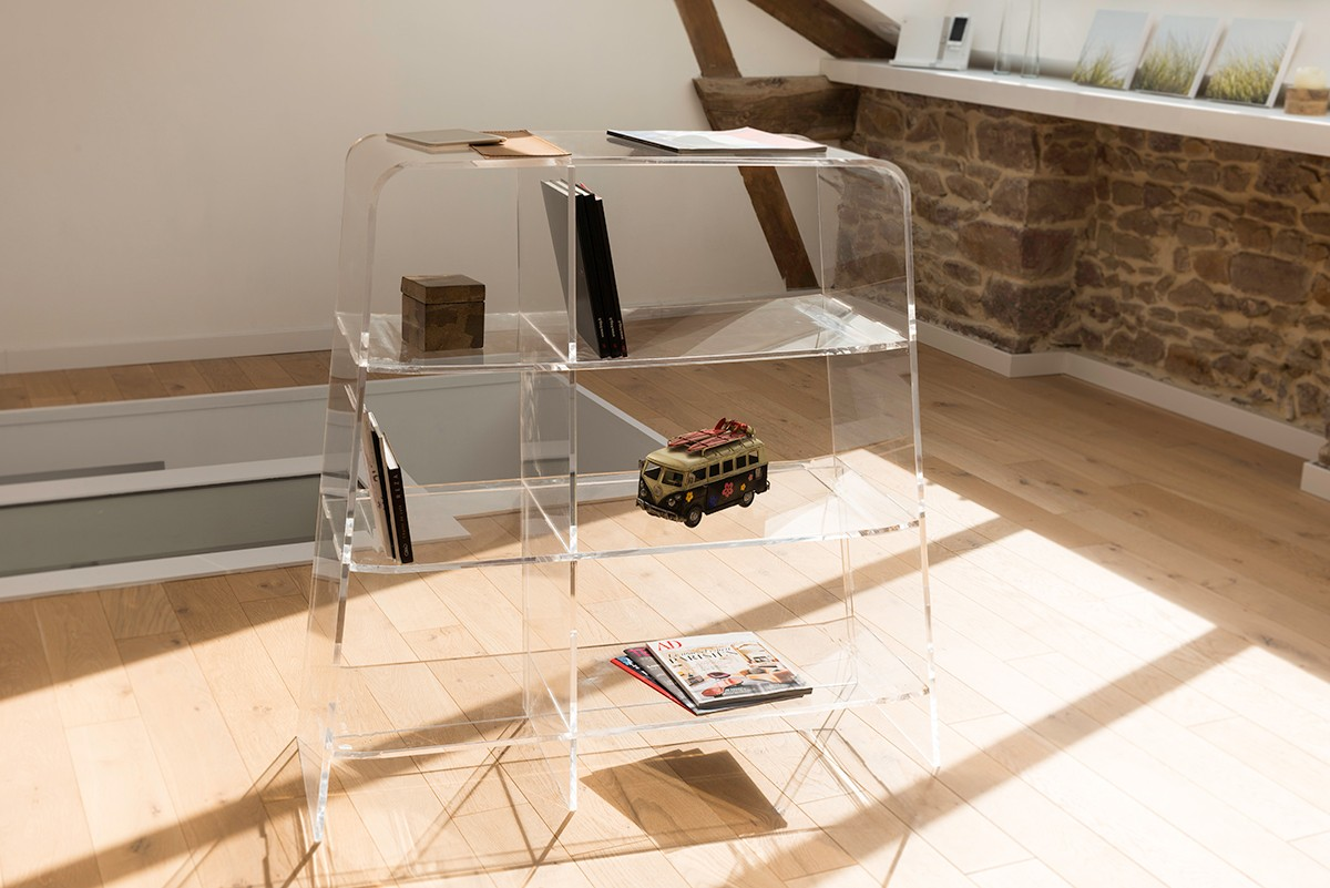 mobilier en plexiglas transparent great with mobilier en plexiglas transparent trendy tabouret. Black Bedroom Furniture Sets. Home Design Ideas