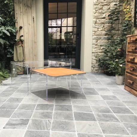 La petite table basse transparente hide - La petite table eygalieres ...