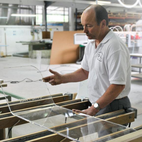 La manufacture David Lange, visite d'un atelier moderne au cœur de la Bourgogne 1/3