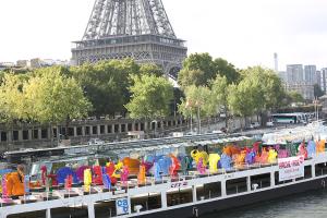 L'Arche de Noé Climat naviguant sur la Seine