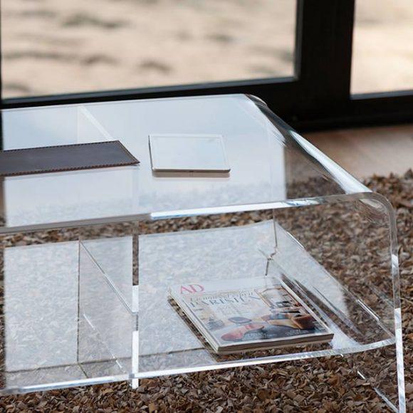 Mobilier en plexiglas ou mobilier en verre ? Comment choisir ?